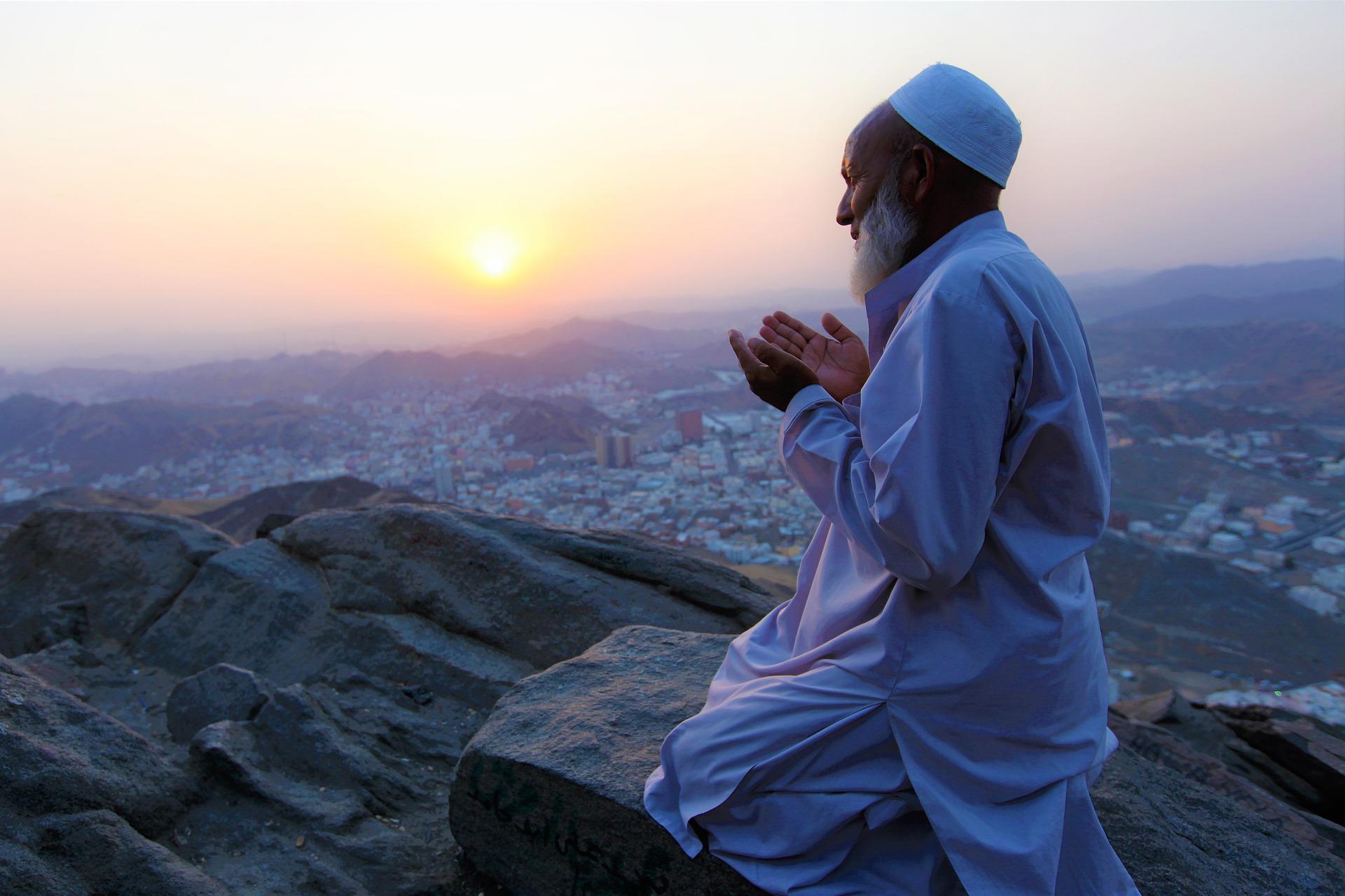 Sunna och hadith — profetens sätt attleva