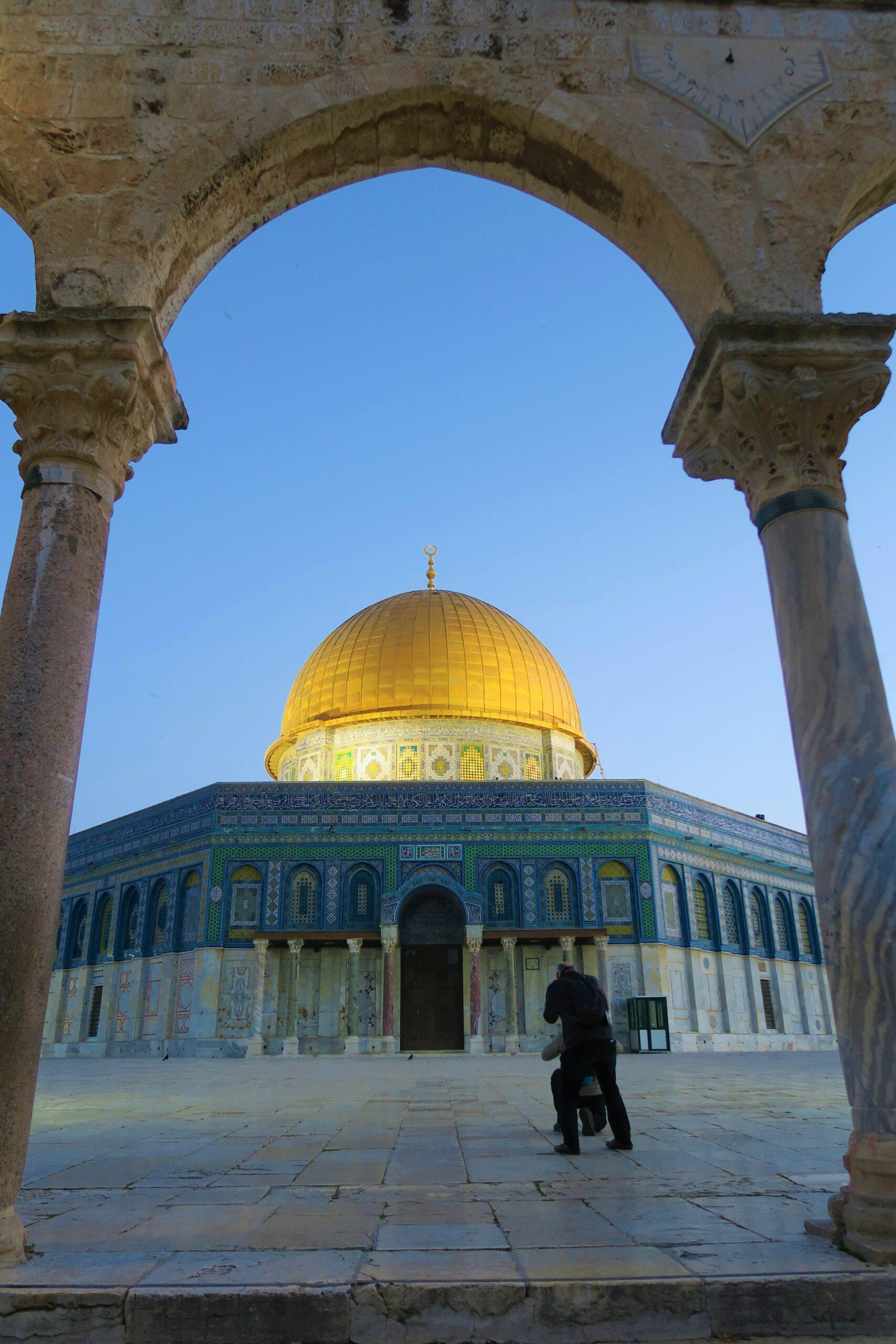 Abu Bakrs och Umars kalifat